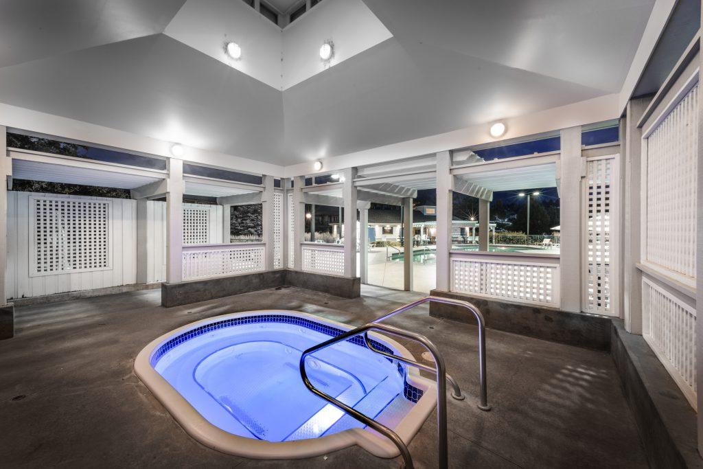 Ramada outdoor hot tub